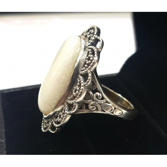 7.30ct Certified Australian Natural White Opal Silver Antique Woman Ring