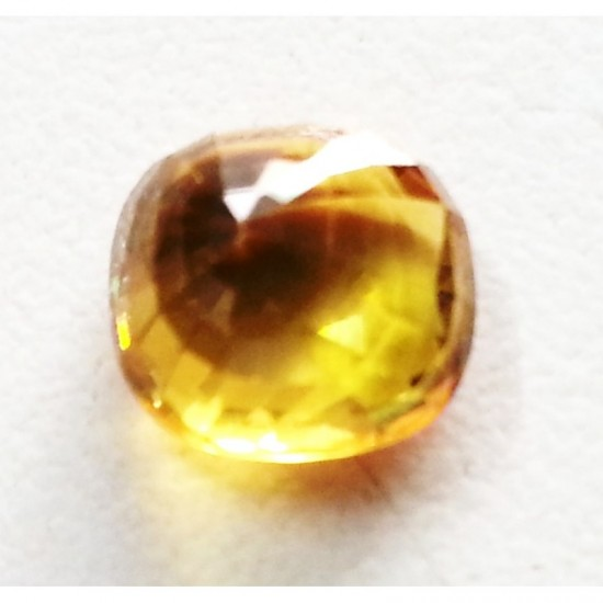 3.60 cts Certified natural yellow sapphire pukhraj vvs1 clean 4.25 ratti