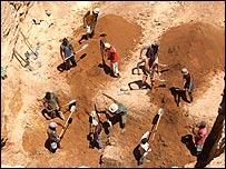 Madagascar Sapphire Mining